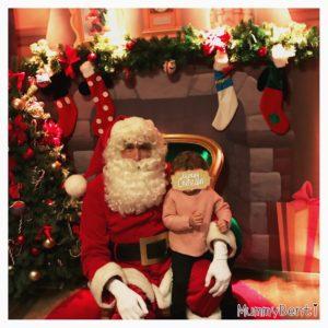 Blog MummyBenti Noël 2016 Précieuse Toi qui ressentait Noël Photo Précieuse Père-Noël eurodisney