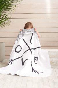 Blog MummyBenti Saint-Valentin: Du love pour toute la famille Couverture de rêve Aden +Anaîs